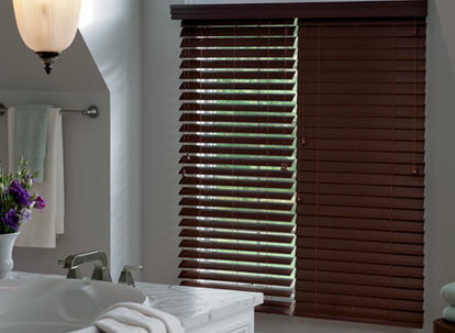 2 1/2 inch graber lake forest/premium faux wood blinds